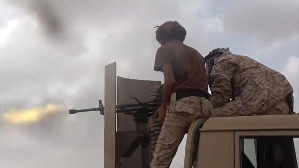 تدمير 34 آلية ومسيّرتين لمليشيا الحوثي وعشرات القتلى من عناصرها في معارك غرب مأرب خلال أسبوع