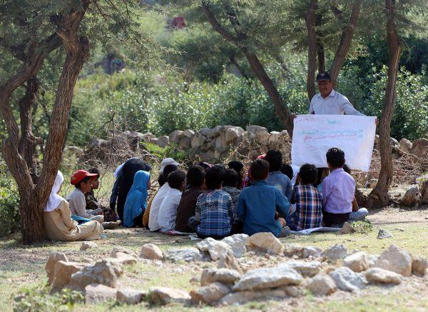 هجمات الحوثي دمرت 2500 مرفق تعليمي وتسببت بانتكاسة تعليم الأطفال لسنوات