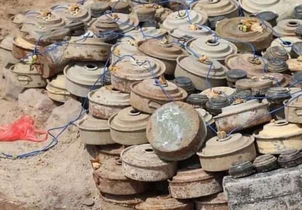 """في الأسبوع الثالث من مايو... """"مسام"""" ينتزع 2500 لغم من مخلفات ما زرعها الحوثيون في محافظتين باليمن"""